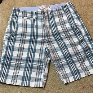 AE Men's plaid Shorts